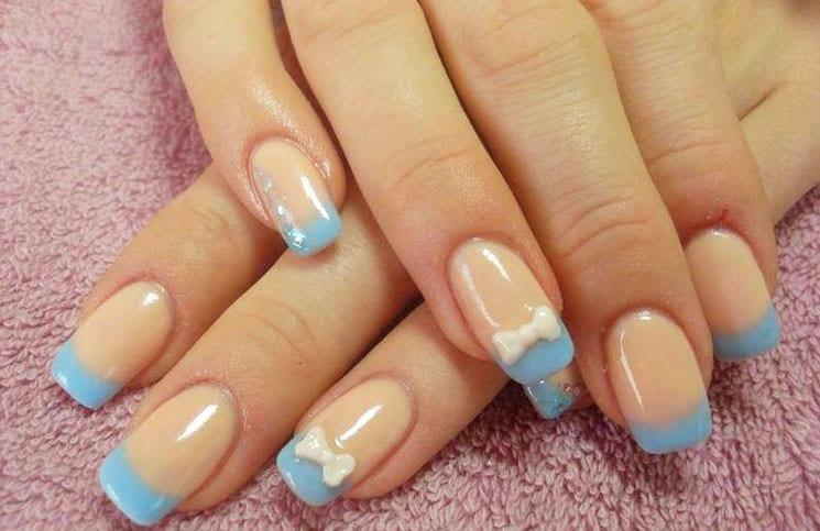 blauwe nagels