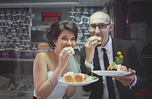 modern-art-wedding-16