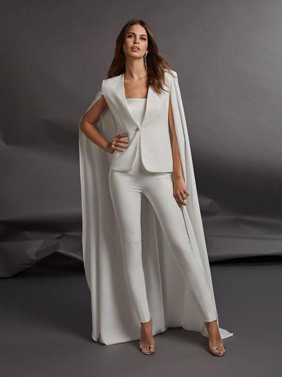 broek in plaats van een trouwjurk