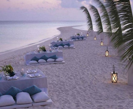 strand diner