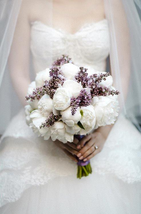 pioenrozen voor je bruidsboeket wit