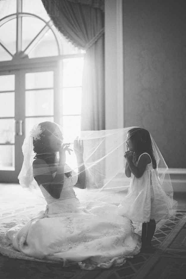 sluier met bruidsmeisje