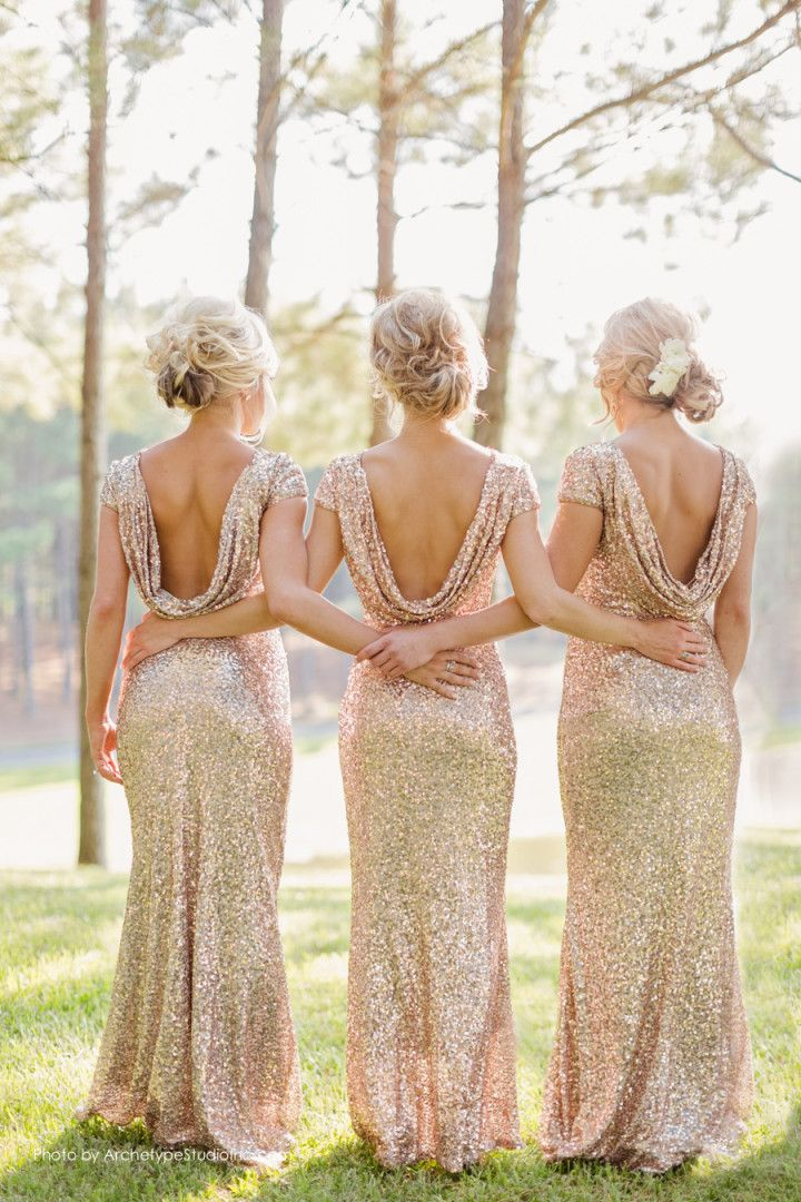 bridesmaids in glitterjurken
