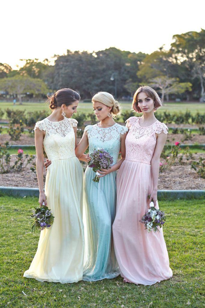 mix match pastel bruidsmeisjes