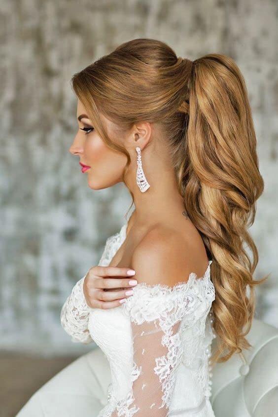 los opgestoken bruidskapsels met staart