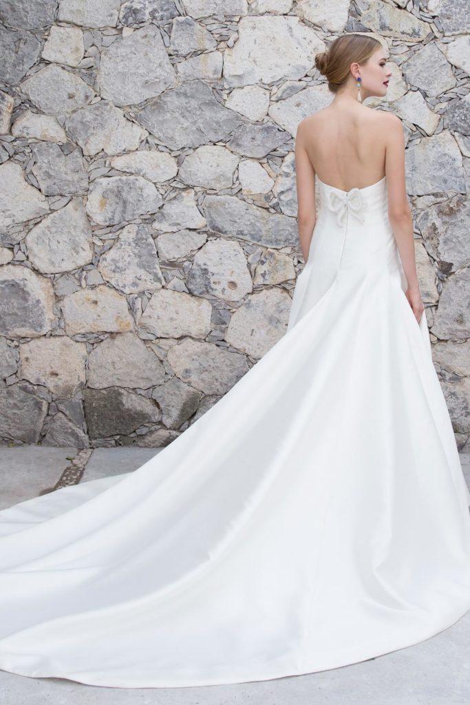 minimalistische trouwjurken