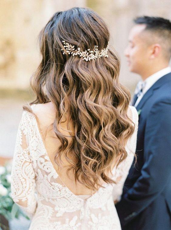 bruidskapsels met haaraccessoires 12