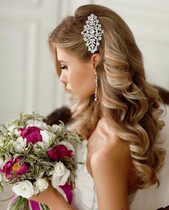 bruidskapsels met haaraccessoires 5