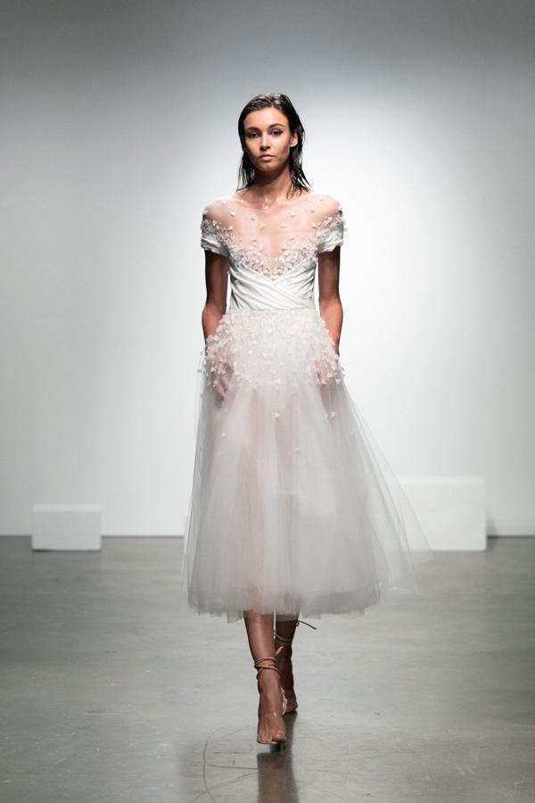 Korte trouwjurk van Rime Arodaky